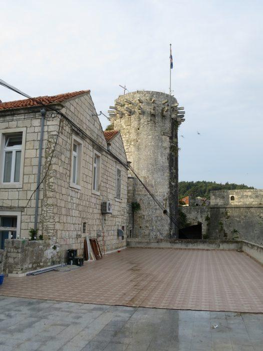 Корчула. Малая Княжеская башня