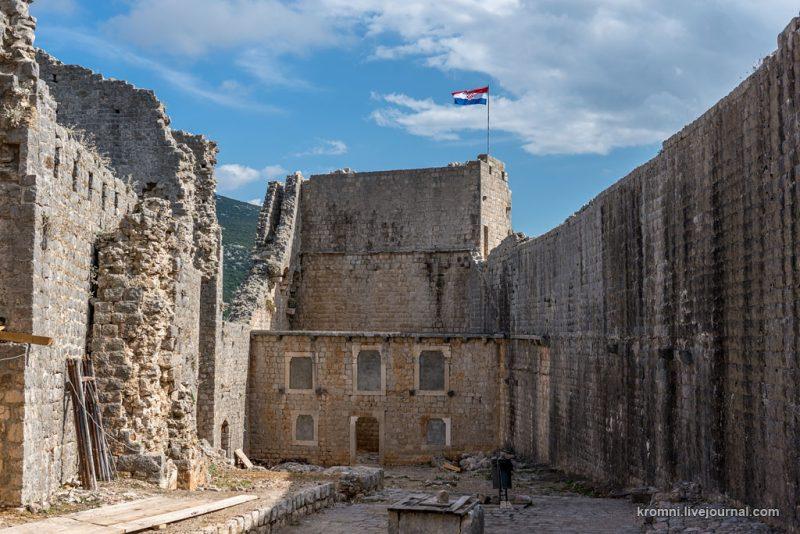 Крепость Коруна. Восточная часть.