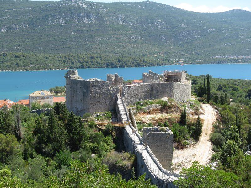 Крепость Коруна. Южная стена