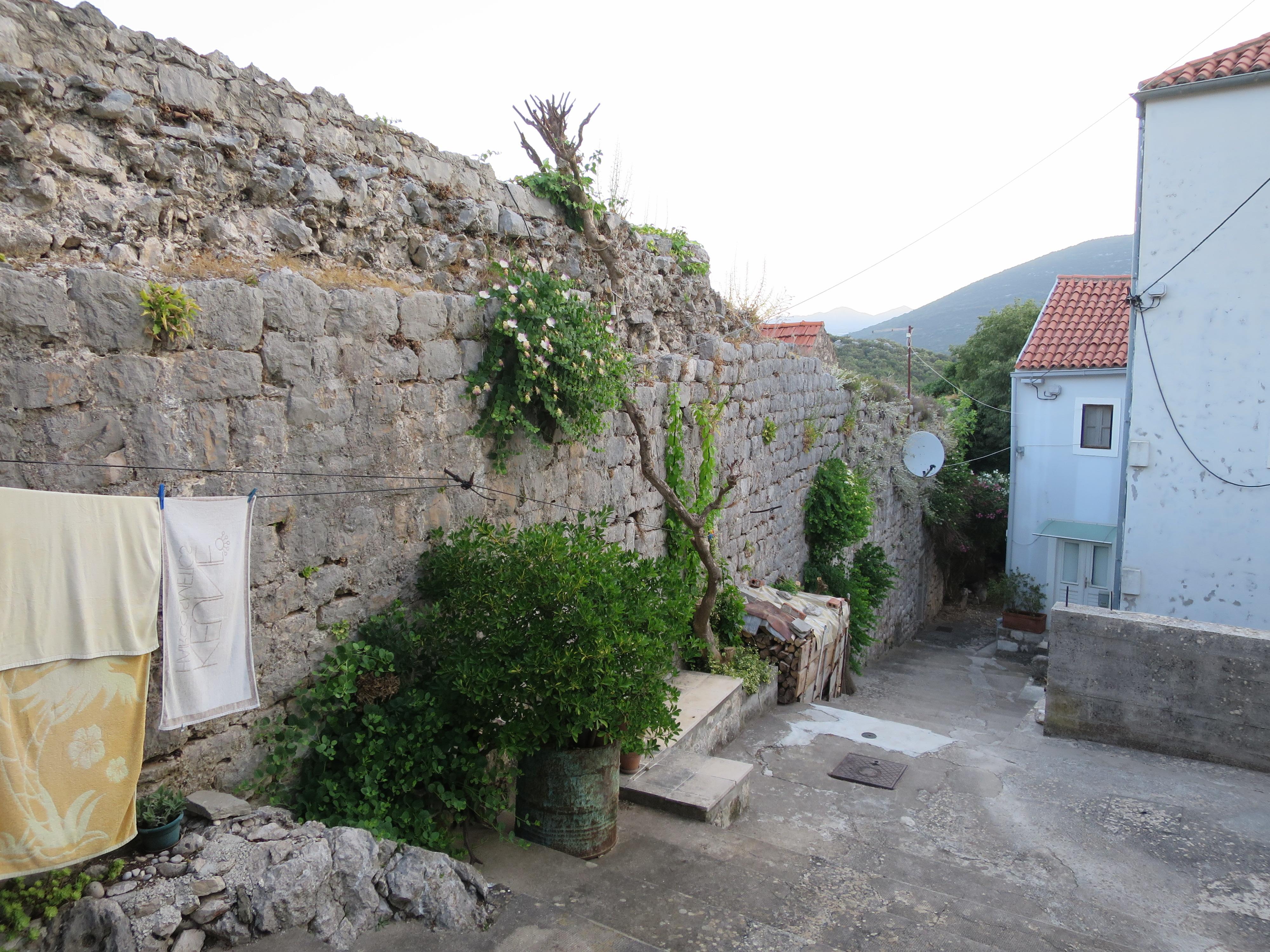 Малый Стон. Фрагмент Западной стены
