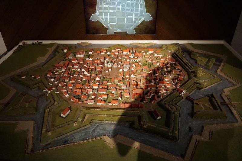 Пярну. Реконструкция шведских бастионных укреплений