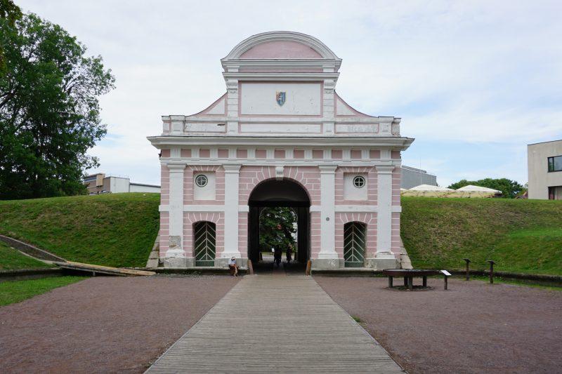 Пярну. Таллинские ворота