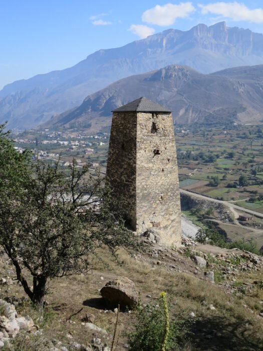 Башня Абаевых. Вид на западную сторону