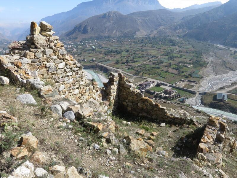 Черекское ущелье. Руины второй башни Абаевых