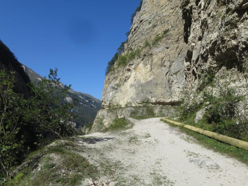 Старая дорога в Верхнюю Балкарию