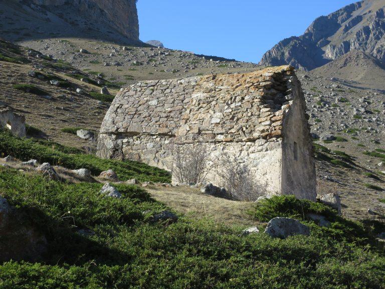 Эльтюбю. Погребальный комплекс. Прямоугольные склепы