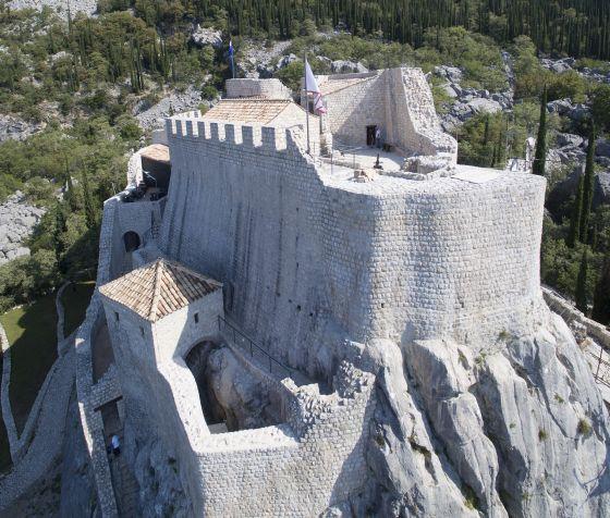 Сокол-град. Вид на юго-восточную часть крепости