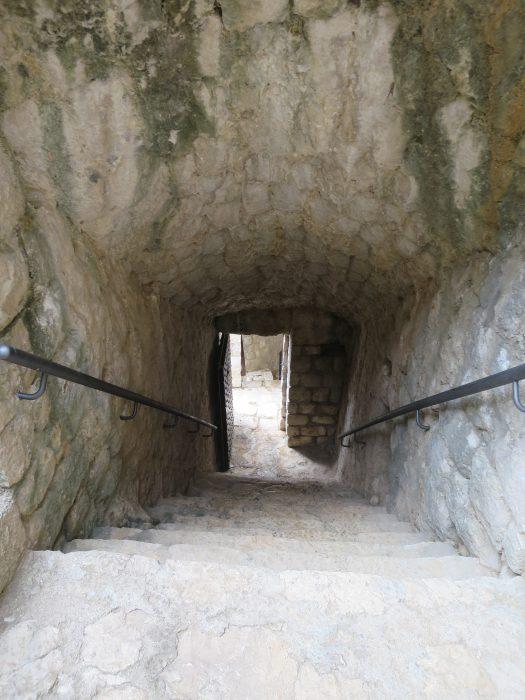 Сокол-Град. Лестница, ведущая в цитадель
