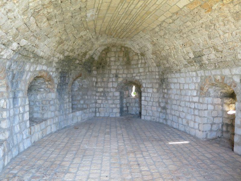Внутри башни Minceta