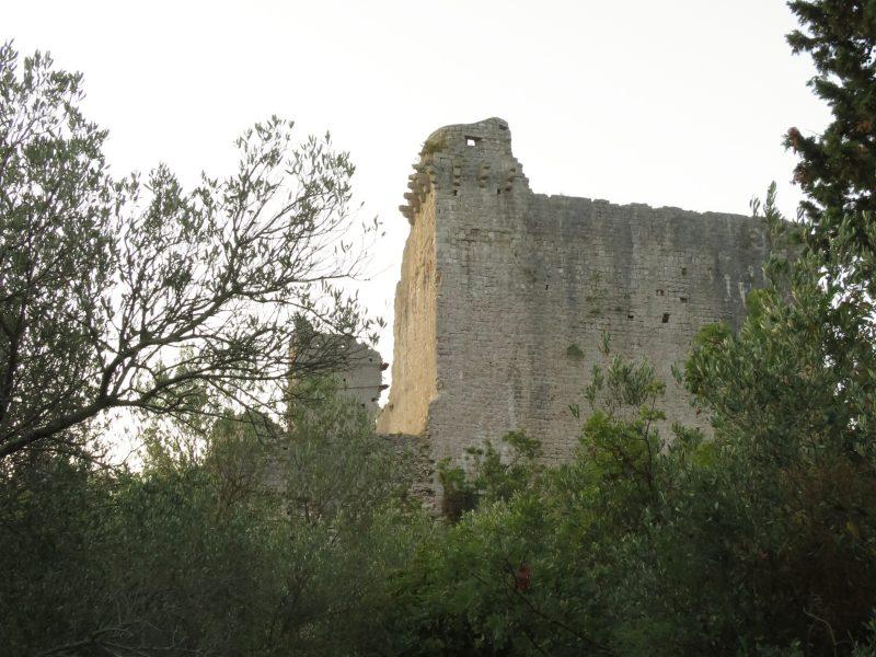 Крепость Коруна. Западная стена с наблюдательной башней