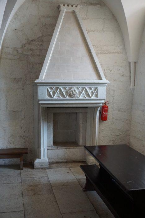 Куресааре. Камин в угловой комнате покоев епископа