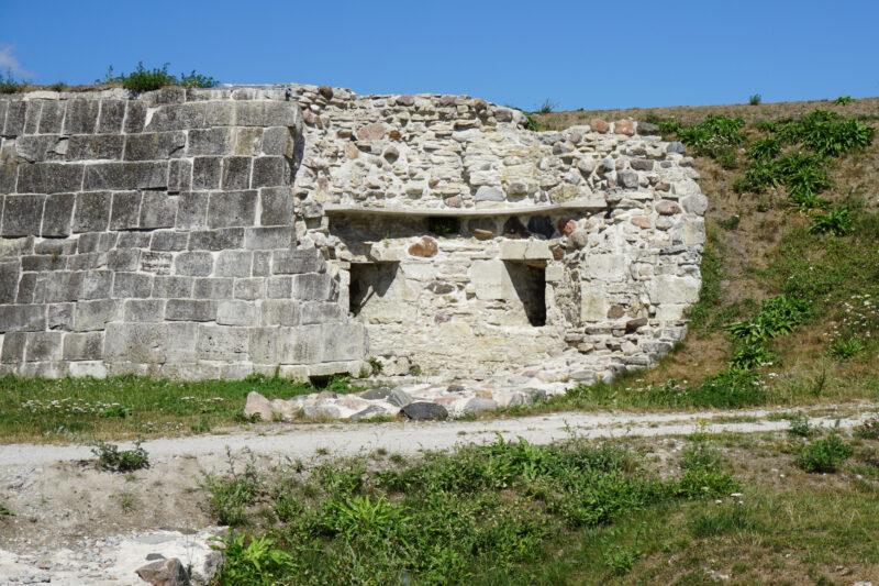 Куресааре. Руины восточной башни укреплений XVI века