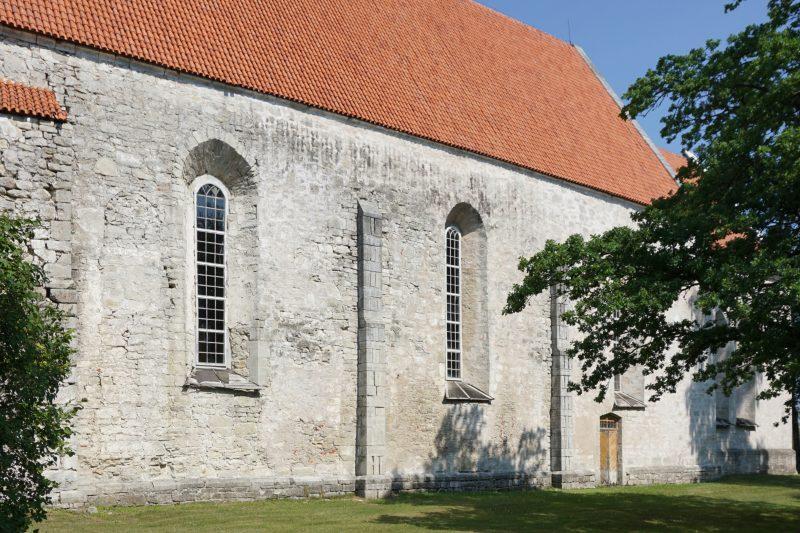 Церкви Сааремаа. Каарма, южный фасад