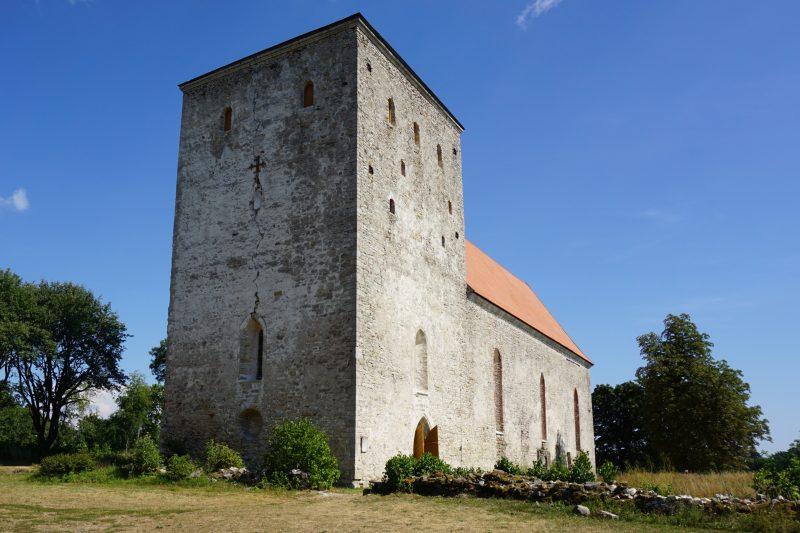 Церкви Сааремаа. Башня церкви Пёйде