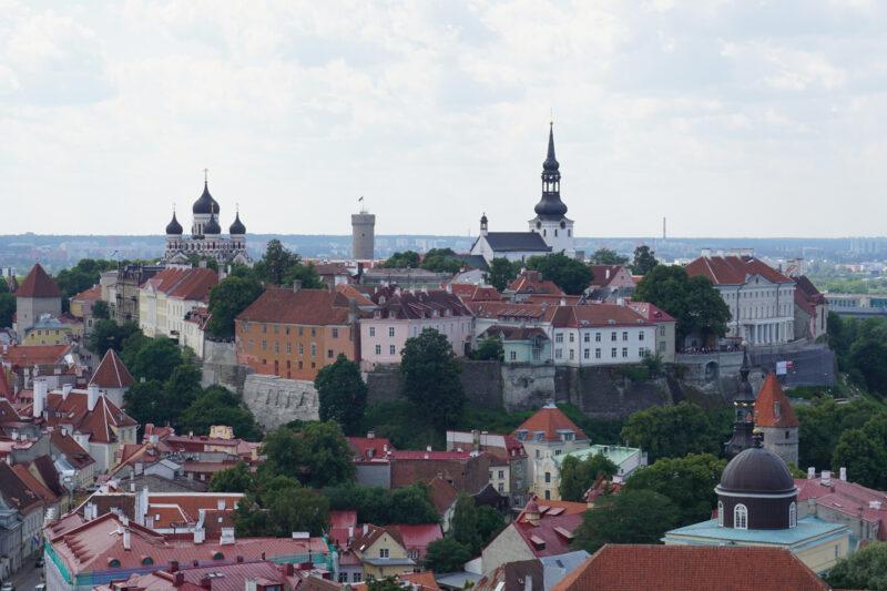 Таллин. Тоомпеа. Вид на восточную сторону холма