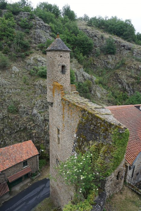 Сен-Флоре. Северный угол жилого здания с дозорной башней