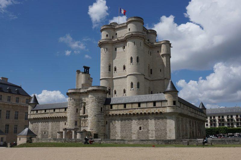 Венсенский замок. Общий вид донжона