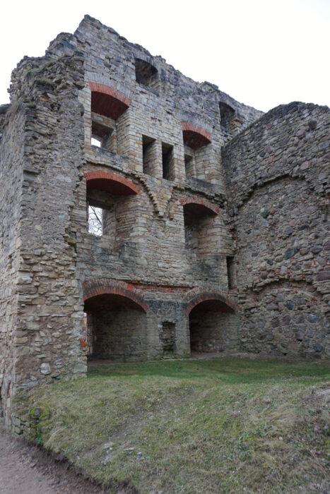 Цесис. Внутренняя стена восточного крыла одной из жилых комнат