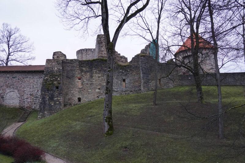 Цесис. Северная стена часовни с внешней стороны