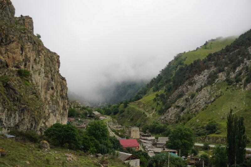 Северная Осетия. Выход из Кадаргаванской теснины