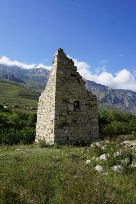 Северная Осетия. Даллагкау. Башня Есиевых