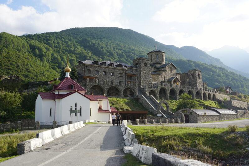 Северная Осетия. Хидикус. Свято-Успенский монастырь